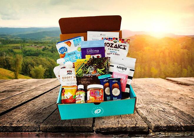 Fit Snack box wth an assortment of goodies inside